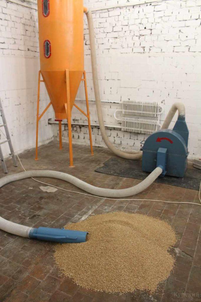 Дробилки вакуумные роторные опила и зерновых